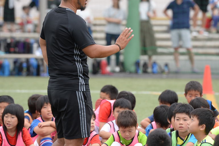 サッカースクール コーチ募集中